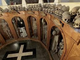 chiesa delle mummie2
